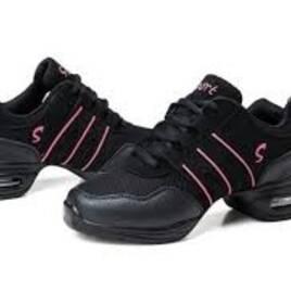 Взуття для танців