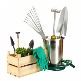 Різні товари для саду та городу