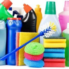 Миючі та чистячі засоби для дому