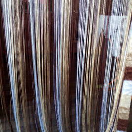 Занавески из нитей и бусин