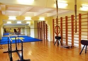 Обладнання для спортивних споруд