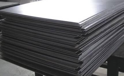 Титановий лист: особливості використання
