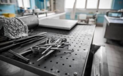 Какое оборудование необходимо для патанатомии и моргов