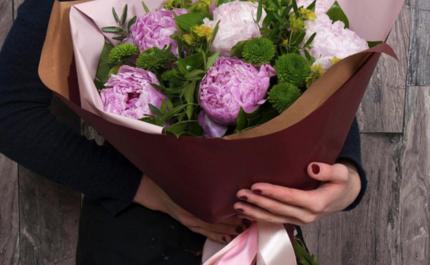 Як замовити доставку квітів в столиці