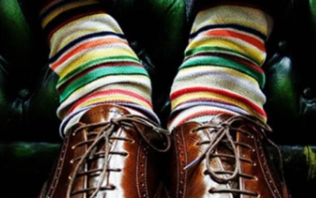 Справжні чоловіки не розкидають шкарпетки по будинку... А будують власний  шкарпетковий бізнес! 597cf1cb6837e