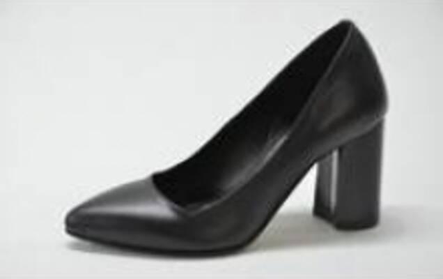 eb01b2eafcd51a Компанія Lexi є виробником взуття, який здійснює виготовлення тільки з  високоякісних матеріалів ...