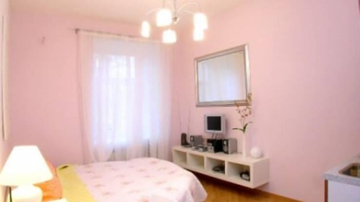 Готель у Києві дешевше зняти на вихідних