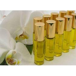 Perfume with essential oils - the secret covered by plume