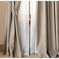 Натуральные шелковые ильняные ткани для штор: особенности и преимущества