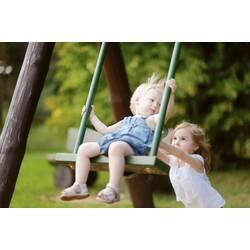 Парні та одинарні дитячі гойдалки для двору: їх користь для дитячого здоров'я