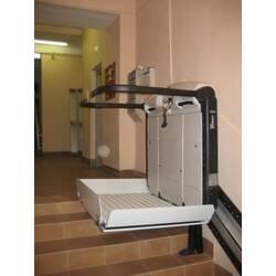 Как выбрать подъемную платформу для инвалидов?