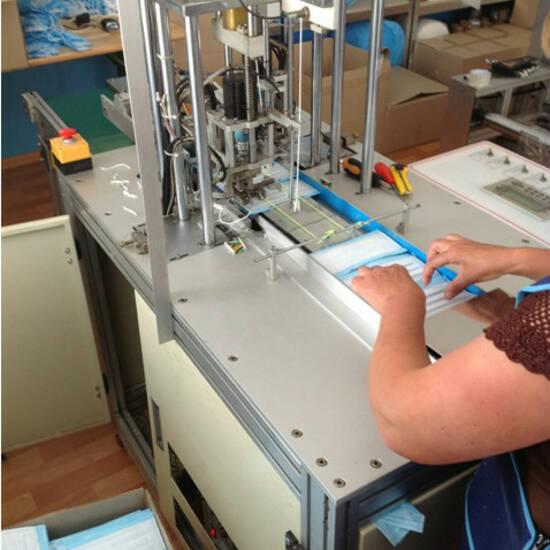 Виробництво медичних масок в Україні / Производство медицинских масок в Украине