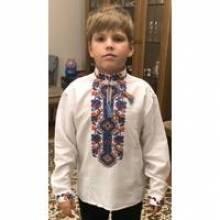 Дитяча вишиванка для хлопчиката дівчинки: секрети вибору та переваги