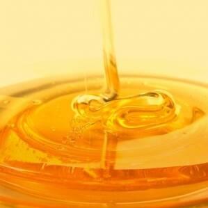 Чем искусственный мед отличается от натурального и где его применяют