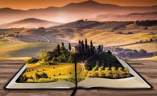 «Розетка» представила подборку книг для путешественников