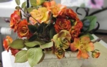 Внимание! Самые дешевые искусственные цветы оптом продаются у нас!