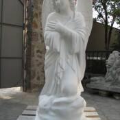 12. Ангел из бетона