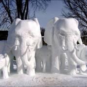 Скульптура из снега