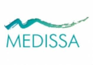 Имплантация зубов с помощью ультрасовременного аппарата PEZOTOM в клинике «Медисса»