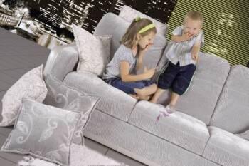 В магазине Mebelin's - польские диваны, безопасные для Ваших маленьких исследователей!