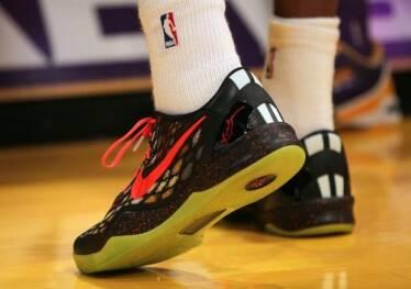 Adidas и Nike будут печатать обувь с помощью 3D-технологий
