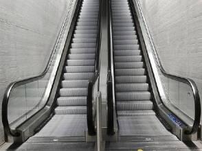 Ми проводимо повний спектр робіт, ремонт і технічне обслуговування ліфтів!