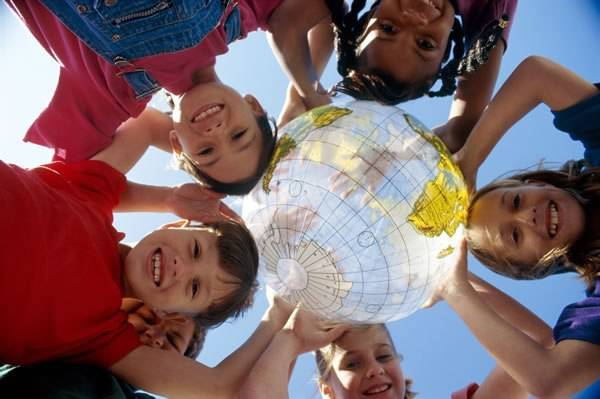 Международный день молодежи - любимый праздник!