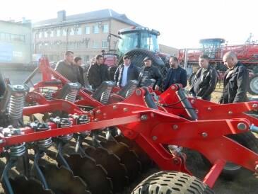 Увага!Пропонуємо продаж тракторів за вигідними цінамиікваліфіковану консультацію при покупці!