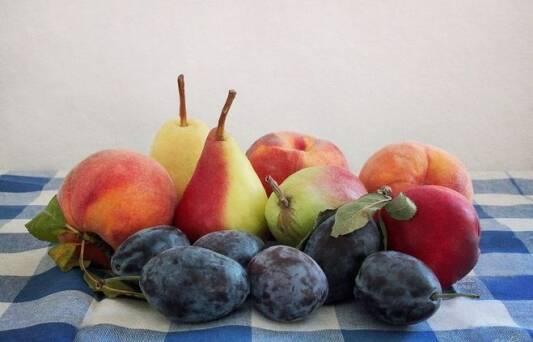 Сезон відкрито! Поспішайте вигідно купити яблука оптом