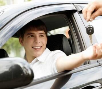 Надаємо приватні уроки водінняавтомобілем!
