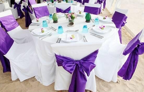 Красивые чехлы на стулья и скатерти для фуршетных столов по индивидуальным заказам!