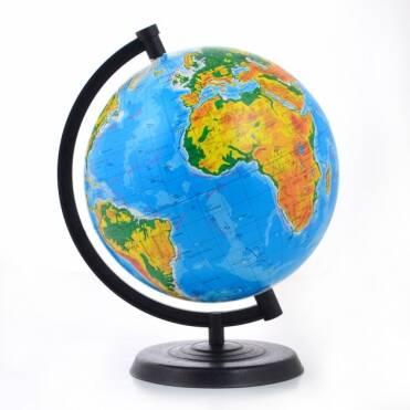 Новинка у асортименті - фізико-географічний глобус за доступною ціною.