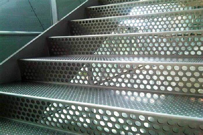 Услуга пробивка металла цена (фото)