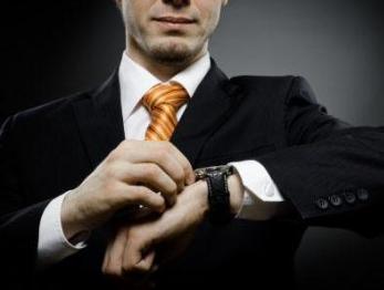 В українців є шанс недорого купити швейцарські годинники