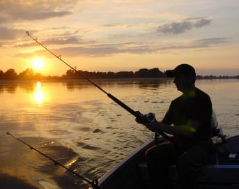 Чим є риболовля для українців?