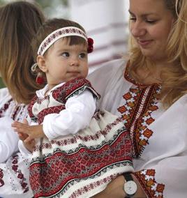 У День Незалежності у Києві пройде парад вишиванок