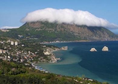 """Луганские туристические компании не будут продавать туры в Крым, так как  """"Закон об..."""